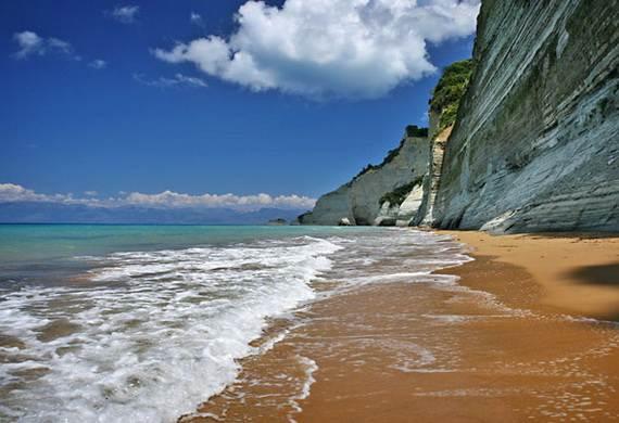Corfu-Best-Greek-Islands-for-Family-Holidays_13