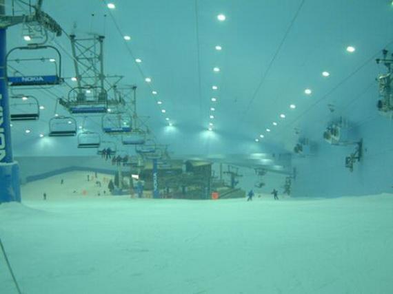 Unbelievable Family Holiday in Dubai (Ski Dubai)_1