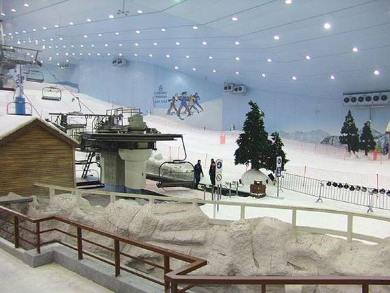 Unbelievable Family Holiday in Dubai (Ski Dubai)_15