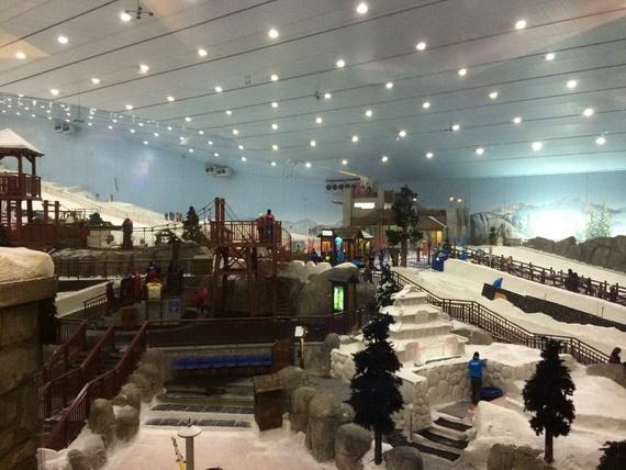Unbelievable Family Holiday in Dubai (Ski Dubai)_2