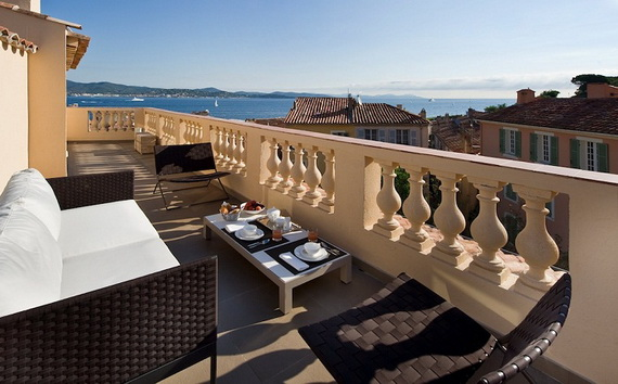 A Magnificent Family Rental Home In The Center Of St Tropez_14