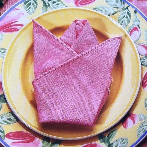 Creative Napkin Folds for Your Holiday Table (10)