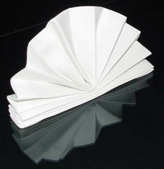 Creative Napkin Folds for Your Holiday Table (11)