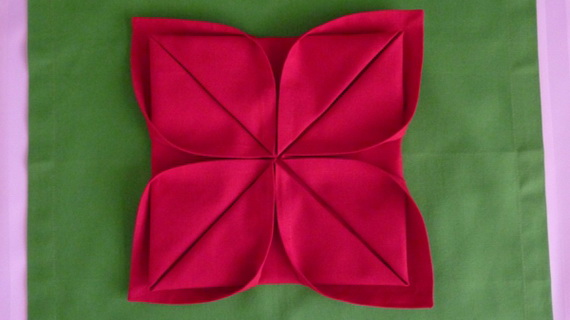 Creative Napkin Folds for Your Holiday Table (18)