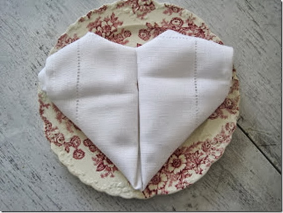 Creative Napkin Folds for Your Holiday Table (3)