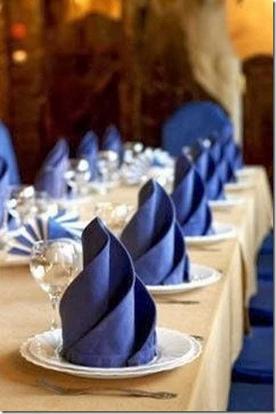 Creative Napkin Folds for Your Holiday Table (47)
