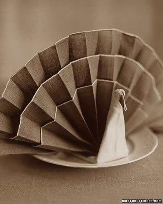 Creative Napkin Folds for Your Holiday Table (54)