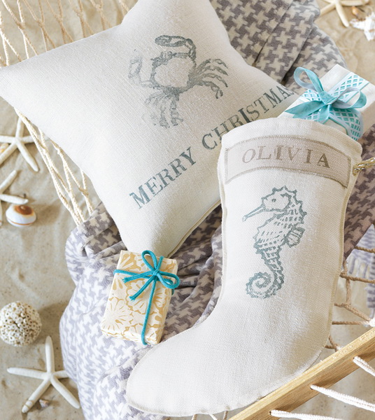 Handmade Pillows for the Holidays_06