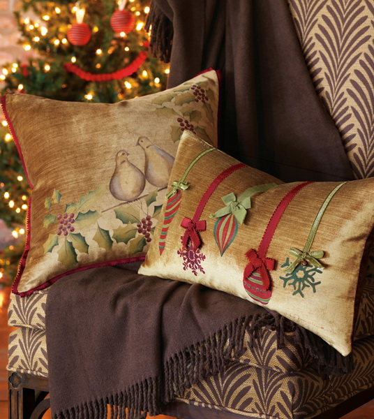 Handmade Pillows for the Holidays_10
