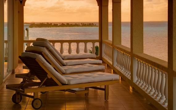 Holiday-Villa-in-Anguilla-Overlooking-the-Caribbean-Villa-Marlin_12