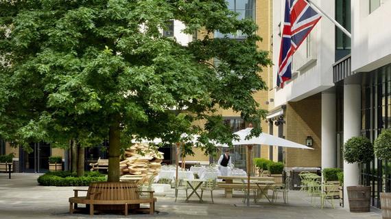 Inside New Luxury Boutique Hotel Ham Yard In London_5