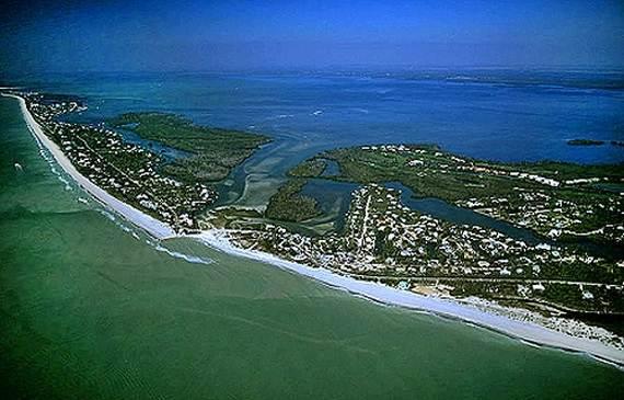 Sanibel-Island-Florida-The-Sea-Shell-Capital_01