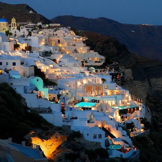 The-Stunning-Santorini-Island-Greece_08