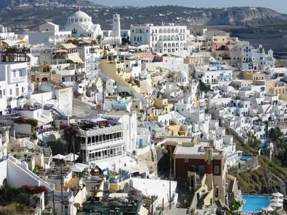 The-Stunning-Santorini-Island-Greece_Fira-the-capital_3