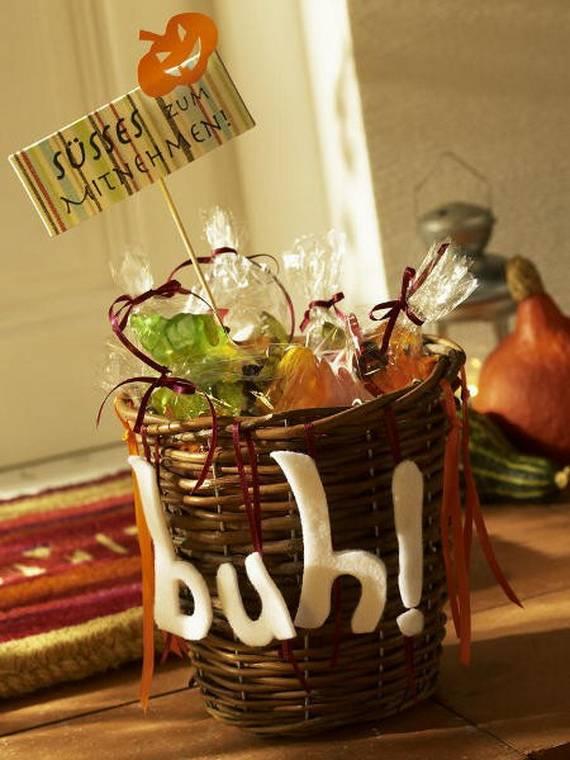 For A Special Halloween DIY Halloween Decora (16)