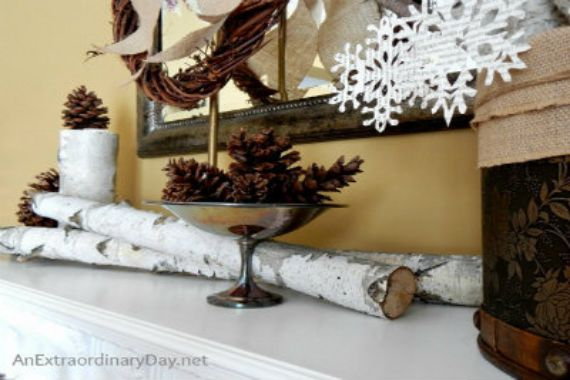 35 Gorgeous Holiday Mantel Decorating Ideas with Pine cones_25