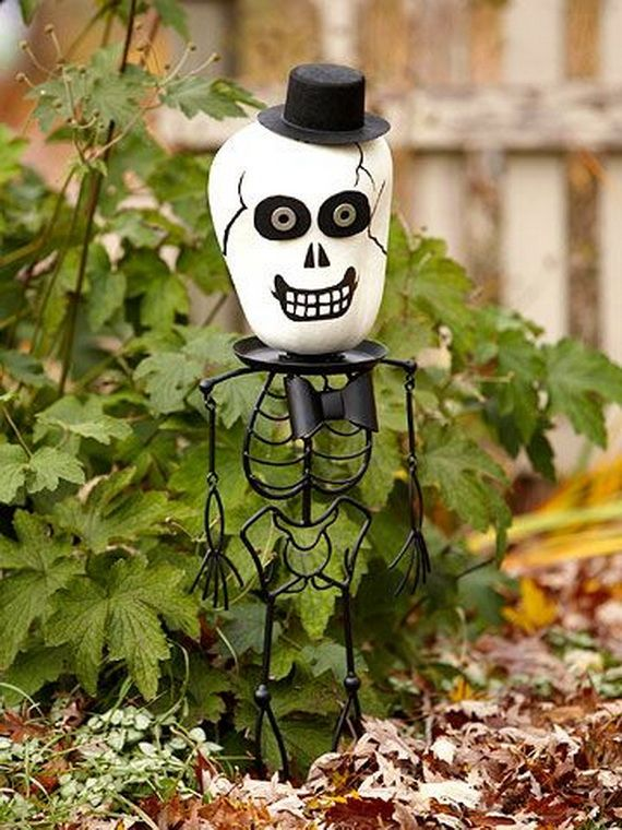 36 Spooky Halloween Decoration Ideas For Your Home_05