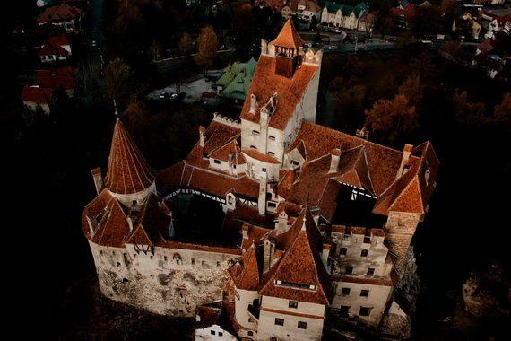 Best Destinations for Halloween Bran Castle - Dracula's Castle_03