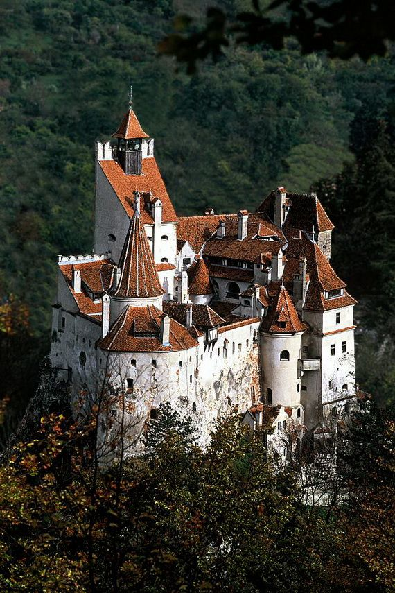 Best Destinations for Halloween Bran Castle - Dracula's Castle_06