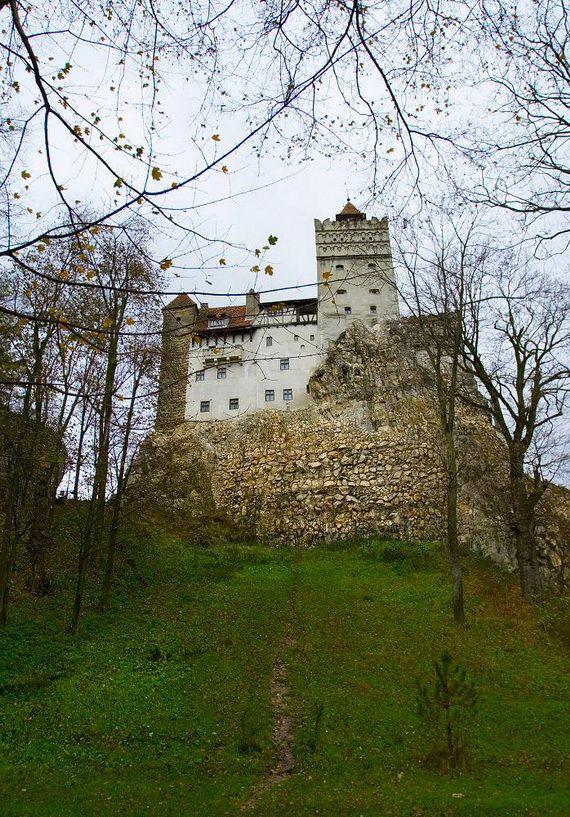 Best Destinations for Halloween Bran Castle - Dracula's Castle_07