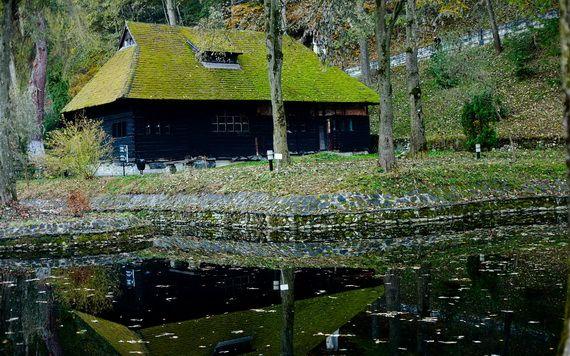 Best Destinations for Halloween Bran Castle - Dracula's Castle_11