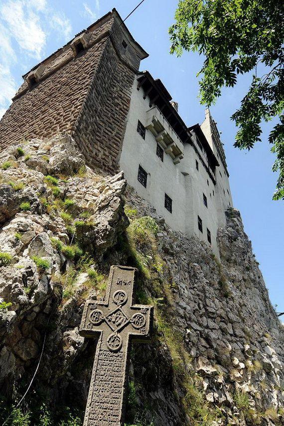 Best Destinations for Halloween Bran Castle - Dracula's Castle_13