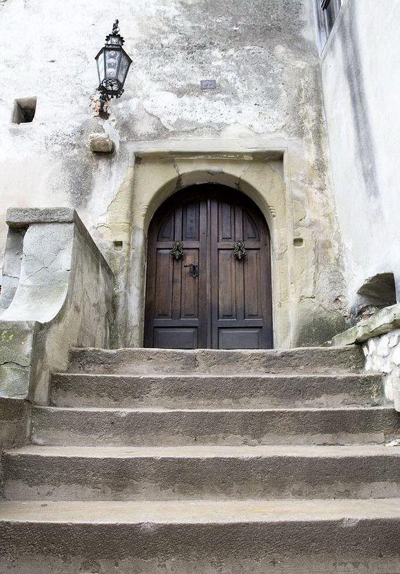 Best Destinations for Halloween Bran Castle - Dracula's Castle_19