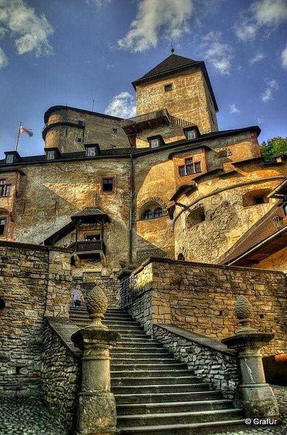 Best Destinations for Halloween Bran Castle - Dracula's Castle_30