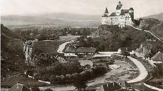 Best Destinations for Halloween Bran Castle - Dracula's Castle_42