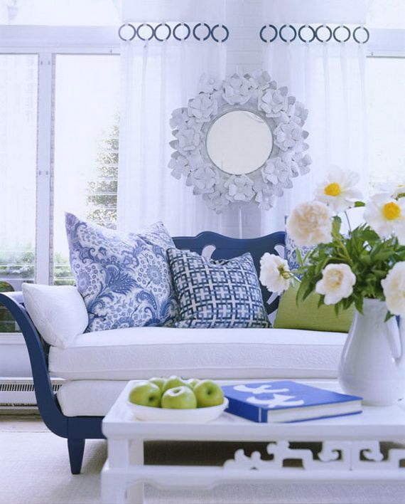 DECORATING WITH BLUE AND WHITE_033