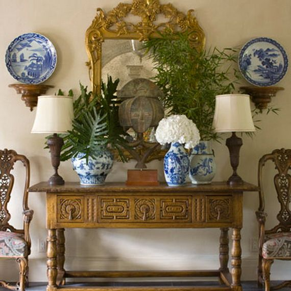 DECORATING WITH BLUE AND WHITE_077