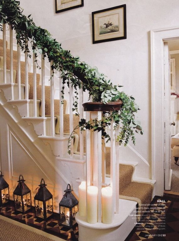 Festive Holiday Staircases and Entryways_20