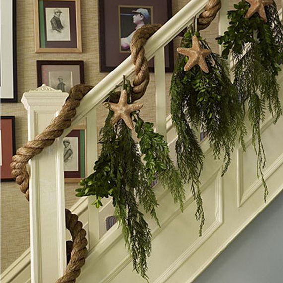 Festive Holiday Staircases and Entryways_34