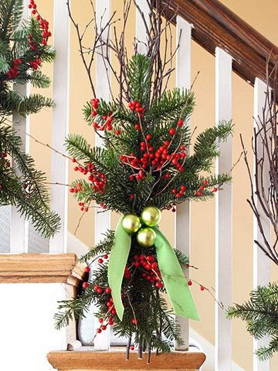 Festive Holiday Staircases and Entryways_38