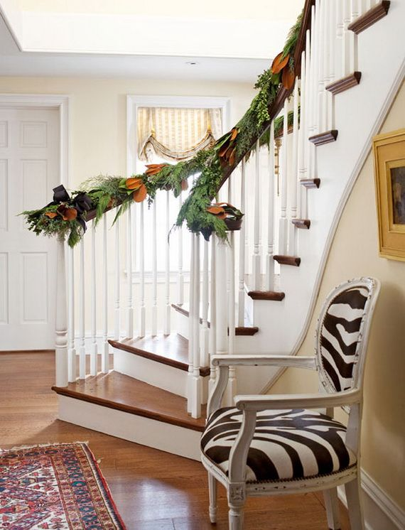 Festive Holiday Staircases and Entryways_84