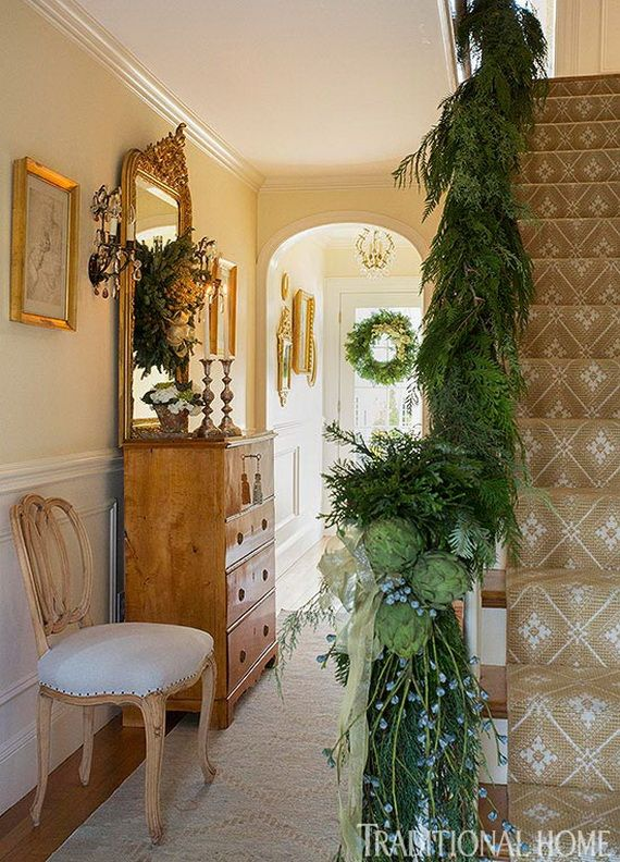 Festive Holiday Staircases and Entryways_87