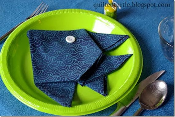 Napkin Folding – Seasonal Ideas For Table Decoration_05