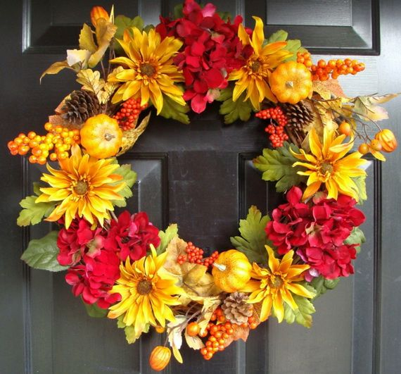 Splendid Fall Wreaths & Door Decoration Ideas And Inspiration_023