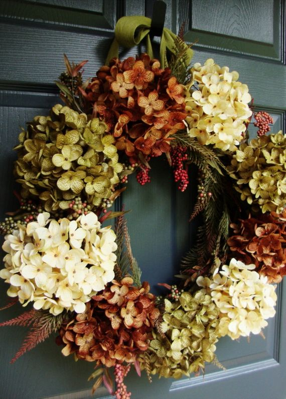 Splendid Fall Wreaths & Door Decoration Ideas And Inspiration_040