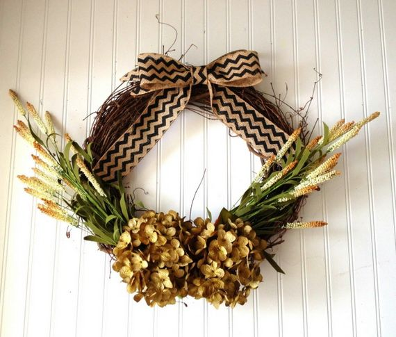 Splendid Fall Wreaths & Door Decoration Ideas And Inspiration_041
