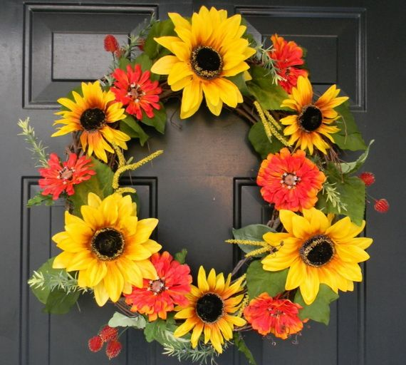 Splendid Fall Wreaths & Door Decoration Ideas And Inspiration_050
