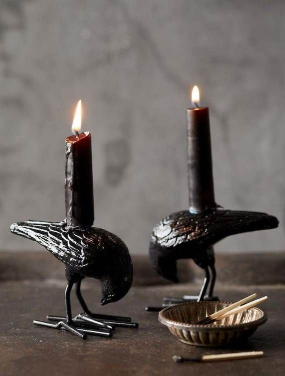 Spooky-Halloween-Lighting-Candles-Decoration-Ideas-_01