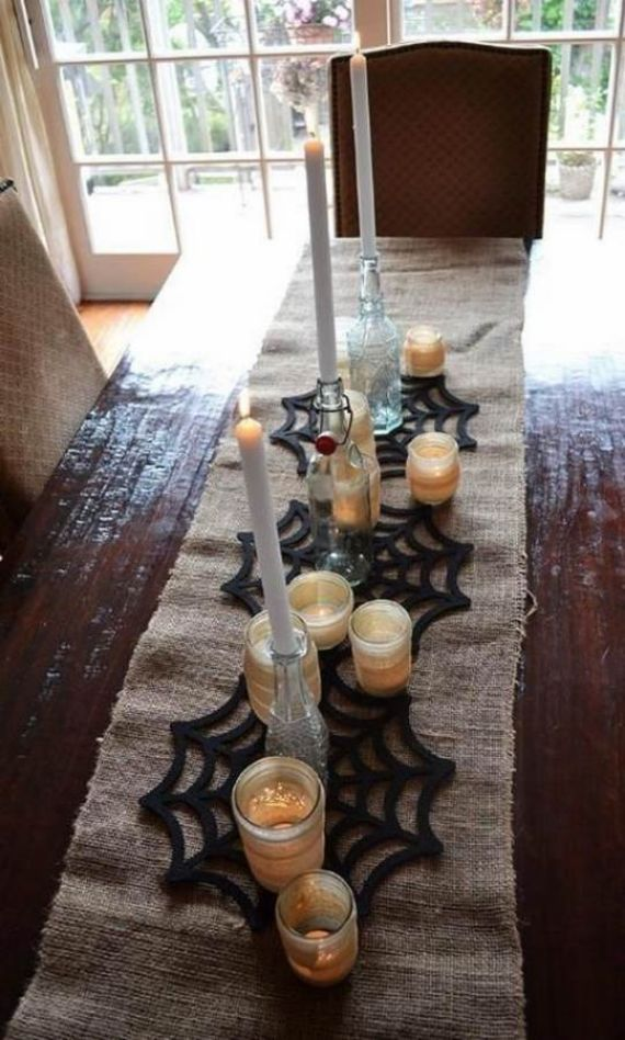 Spooky-Halloween-Lighting-Candles-Decoration-Ideas-_03