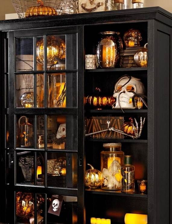Spooky-Halloween-Lighting-Candles-Decoration-Ideas-_20