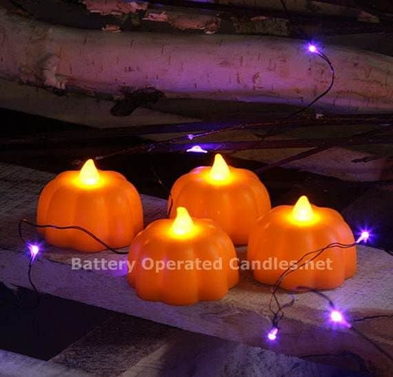 Spooky-Halloween-Lighting-Candles-Decoration-Ideas-_28