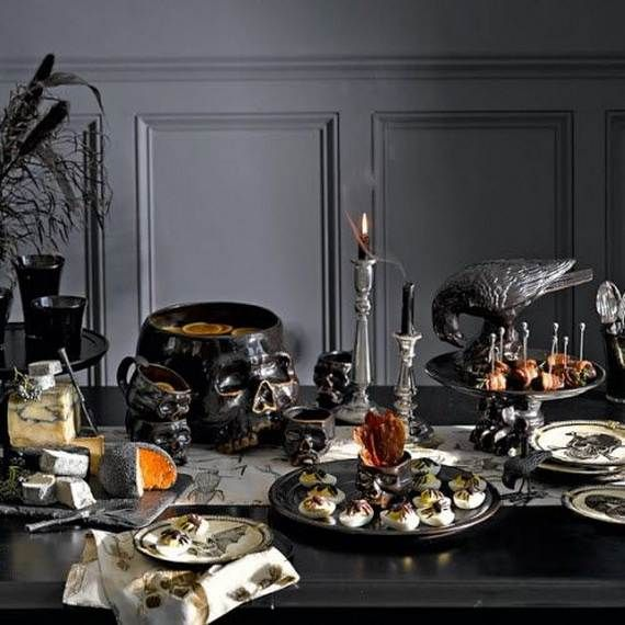 Spooky-Halloween-Lighting-Candles-Decoration-Ideas-_52