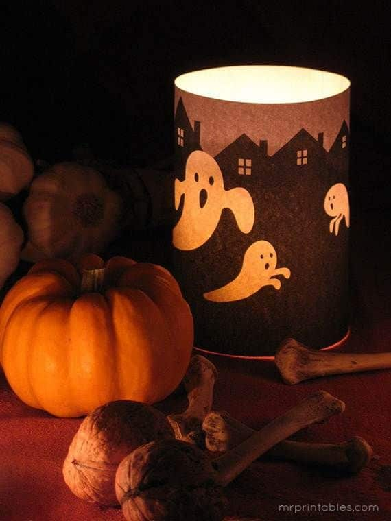 Spooky-Halloween-Lighting-Candles-Decoration-Ideas-_64