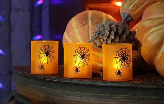 Spooky-Halloween-Lighting-Candles-Decoration-Ideas-_79
