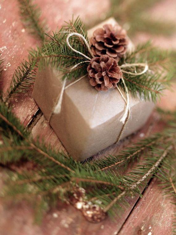 Traditional-Christmas-Gift-Basket-Idea_02