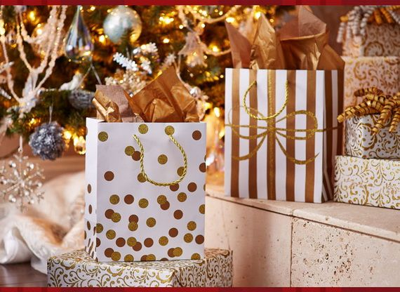 Traditional-Christmas-Gift-Basket-Idea_32